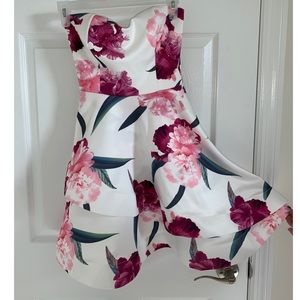 Agaci Strapless fit and flare floral dress, small
